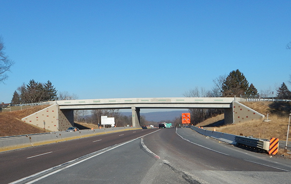 Overhead bridge above a highway